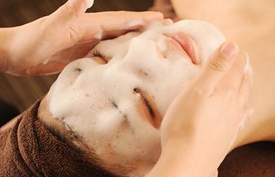 幹細胞たっぷり泡洗顔♪